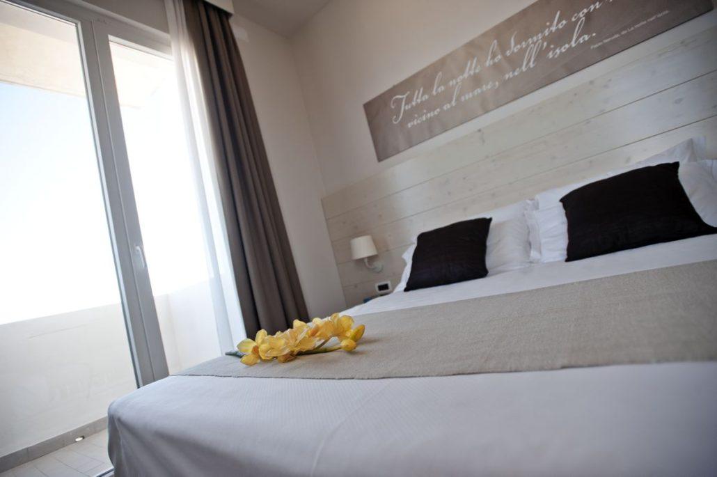 Hotel universal merli arredamenti for Merli arredamenti